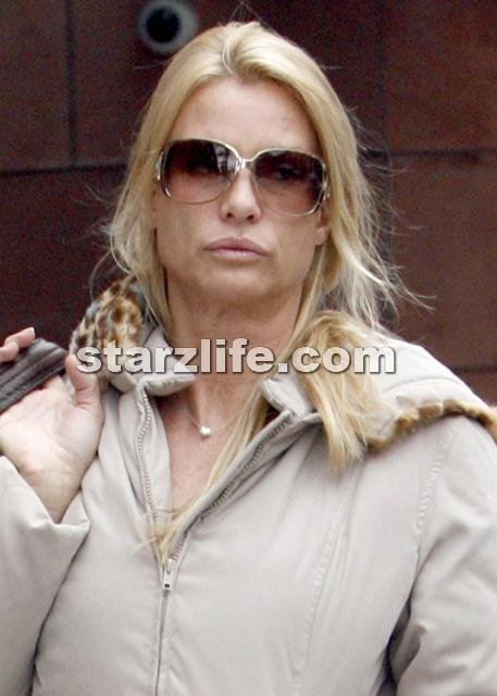 Nicolette Sheridan Testifies In Desperate Housewives Suit