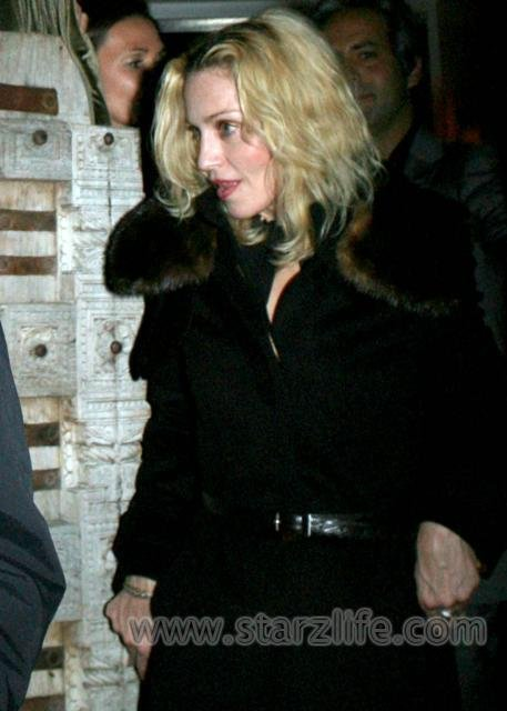 030208_SL_Madonna01