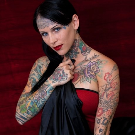 jesse_james_michelle_bombshell_tattoo_pictures_01_0021_Layer_17_full