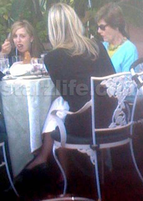 Exclusive Laura Bush Lunches In Beverly Hills Starzlife