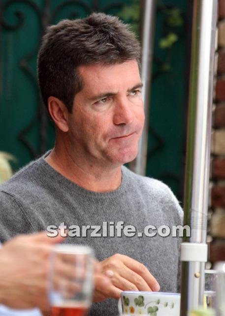 Simon Cowell Regretting Hiring Britney Spears For X Factor?