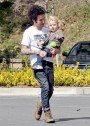 EXCLUSIVE!!! Pete Wentz and Son Have a Play Date