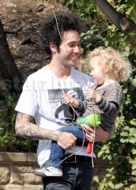 Pete Wentz Has Love and Respect For Ashlee Simpson