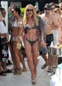 Taylor Armstrong Makes A Splash In Las Vegas