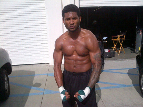 Usher Proves To Fans He S Not Dead Just Ripped Starzlife